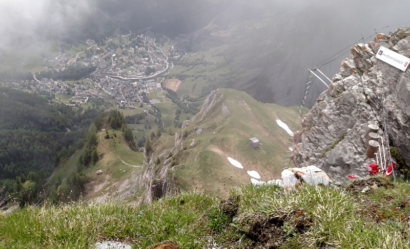 One of the brief views we got from Gemmi, looking for Lammergeiers.